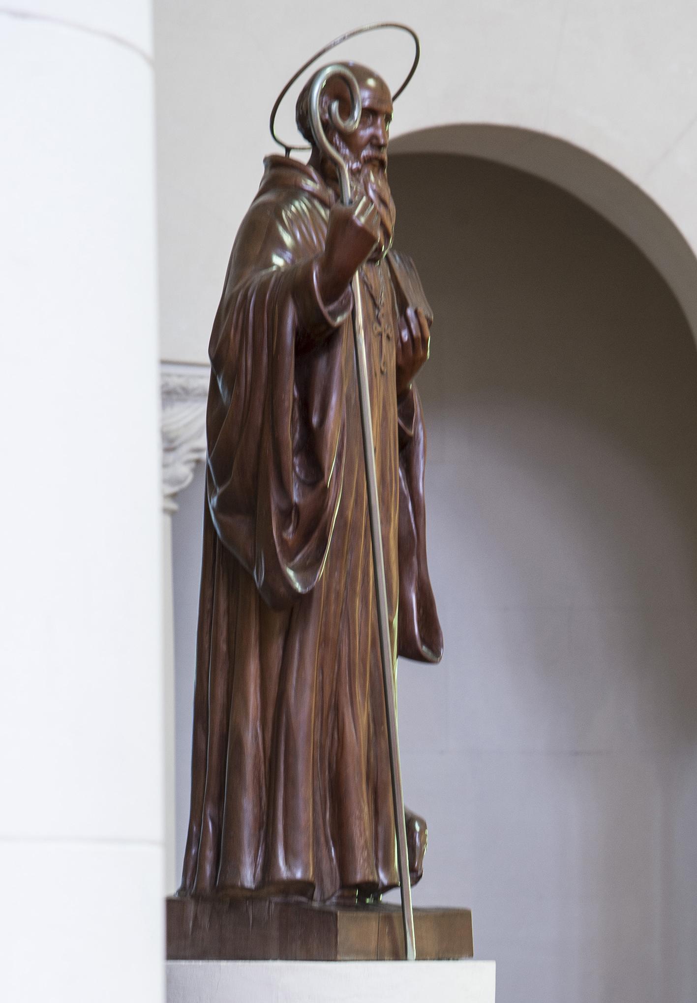 San Benito, talla en madera