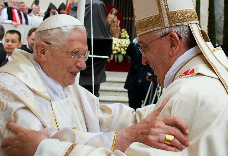 0427_papa_francisco_benedicto_canonizacion_g-jpg_1853027552