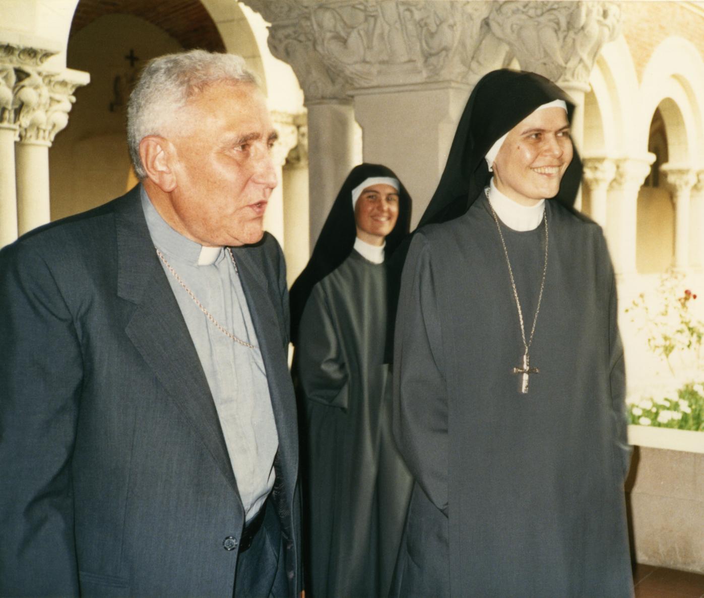 El Cardenal y nuestras abadesas!!!